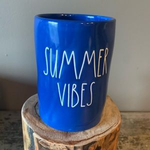 Rae Dunn SUMMER VIBES large blue candle